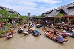 Description: thuyền trên chợ nổi Pattaya